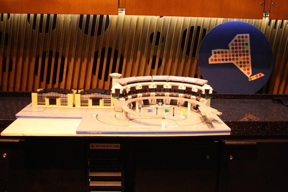 World's Fair - Memorabilia - Image 11