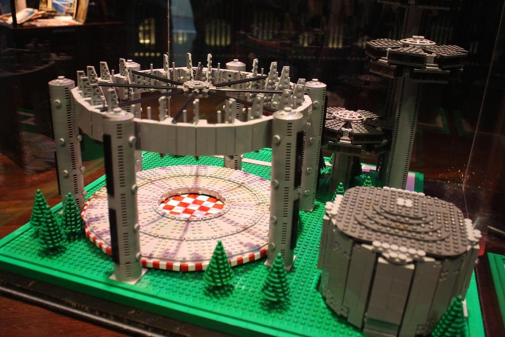 World's Fair - Memorabilia - Image 8