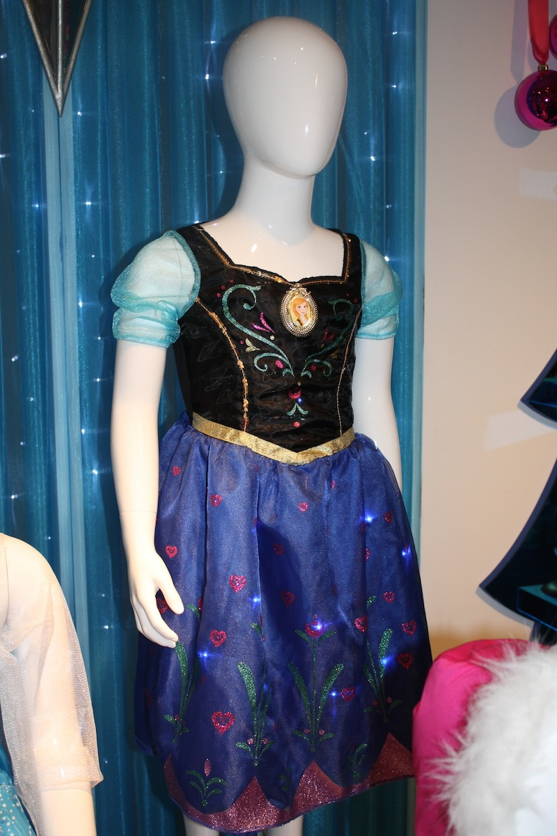 Anna Musical Light Up Dress ($34.99) from JAKKS Pacific in the Fall