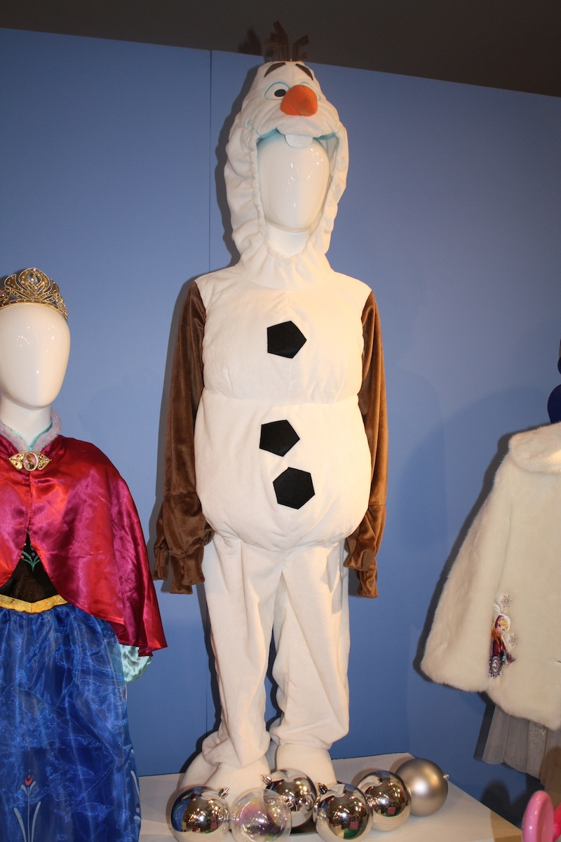 Disney Holiday Preview 2014 - Frozen - Olaf Costume