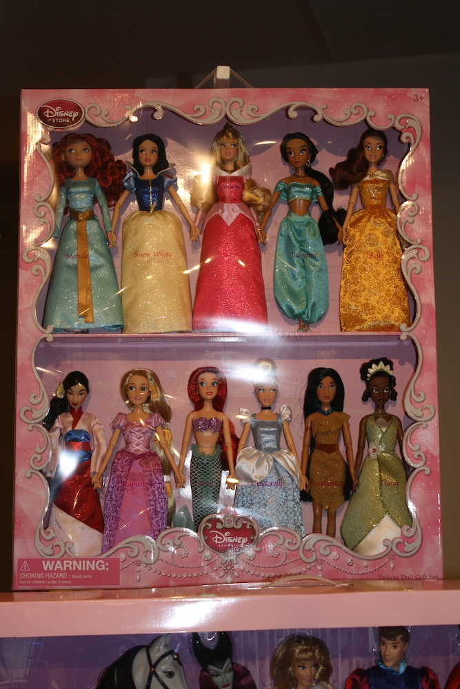 Disney Holiday Preview 2014 - Princess Doll Set