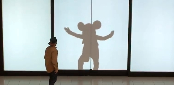 Watch: Disney Characters Surprise Mall Shoppers